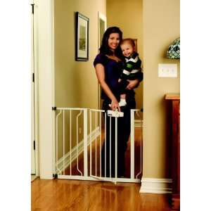 Regalo Easy Step Walk Thru Gate, White Baby