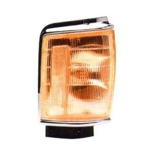 TOYOTA PICKUP PARK CORNER LIGHT, 2WD, WITH ARGENT TRIM, PASSENGER SIDE