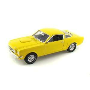 1966 Ford Shelby GT350 Fastback 1/18 Yellow Toys & Games