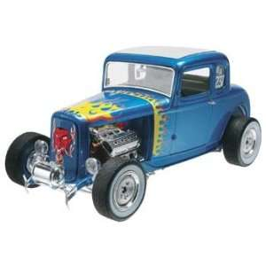 Revell   1/25 32 Ford 5 Window Coupe (Plastic Model