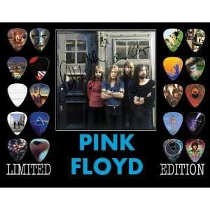 Pink Floyd Framed 20 Guitar Pick Set Platinum Musical