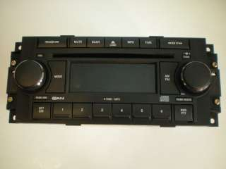 300 300C FACTORY OEM 6 DISC CD/ PLAYER/CHANGER RADIO STEREO
